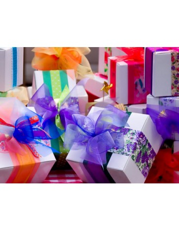Gift Wrap & Card