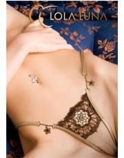 Extremely Elegant Varna by Lola Luna
